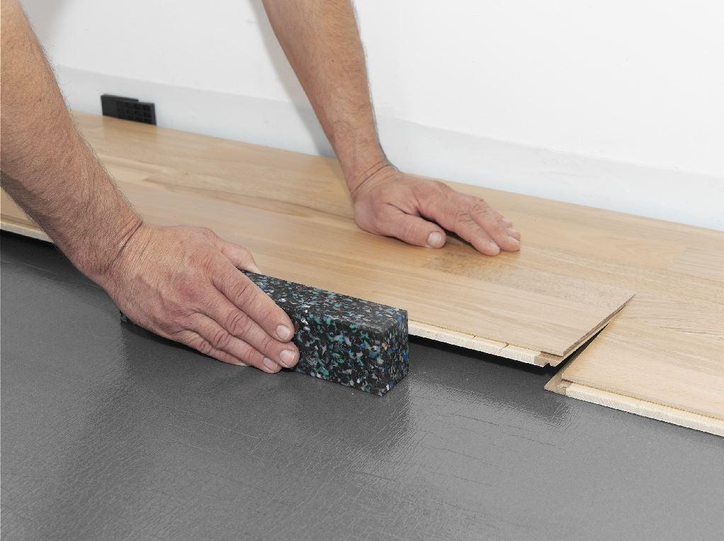 ein neuer bodenbelag wann lohnt sich der aufwand wirklich. Black Bedroom Furniture Sets. Home Design Ideas